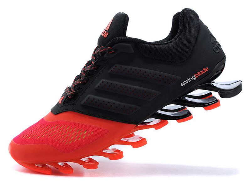 2c4fb0e6dba9 ... Кроссовки Adidas Springblade мужские черно-оранжевые - фото слева