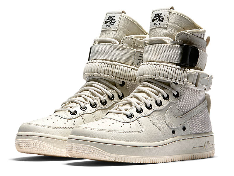 Кроссовки Nike Air Force 1 Special Field белые мужские