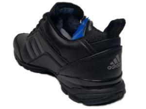 Зимние Adidas Climaproof Traxion Low черные - фото сзади
