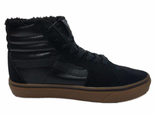 Зимние Vans SK8-Hi Leather Suede черные