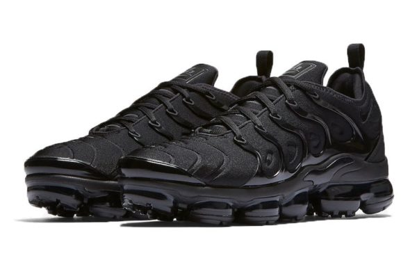 Nike Air VaporMax Plus Black Черные 40-44