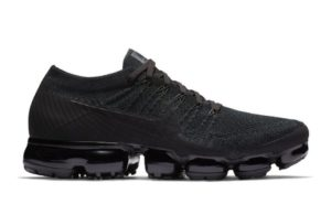 Nike Air VaporMax Flyknit black черные 40-44