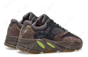 Adidas Yeezy Boost 700 brown коричневый (35-44)