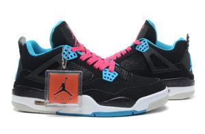 Nike Air Jordan 4 черные с розовым (35-40)