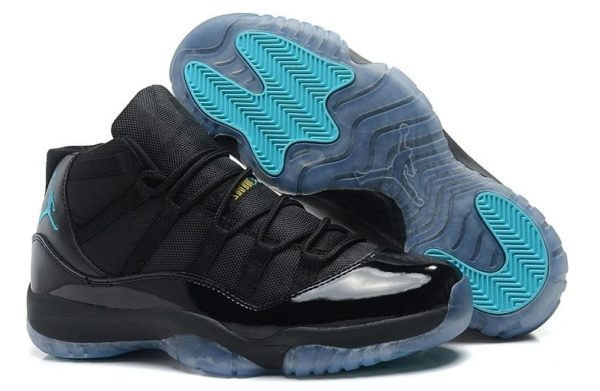 Nike Air Jordan 11 черные с голубым (40-45)