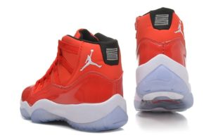 Nike Air Jordan 11 Retro красные (40-45)
