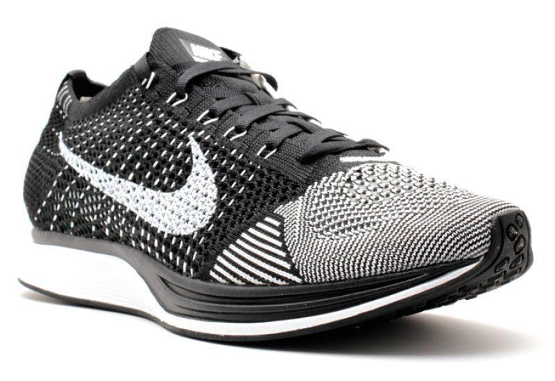 Nike Flyknit Racer серые с черным и белым (40-44)