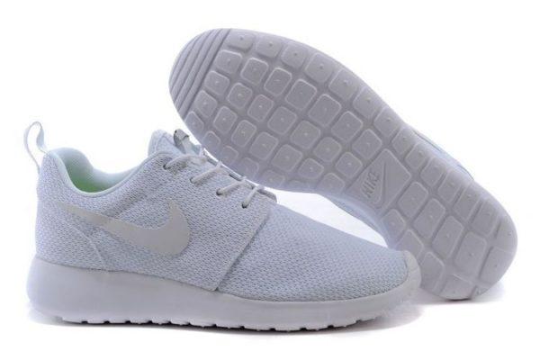 Nike Roshe Run белые (35-44)