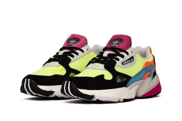 Замшевые детские кроссовки