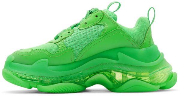 Кожаные кроссовки 38 размера