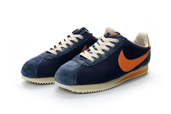 Замшевые мужские кроссовки Nike