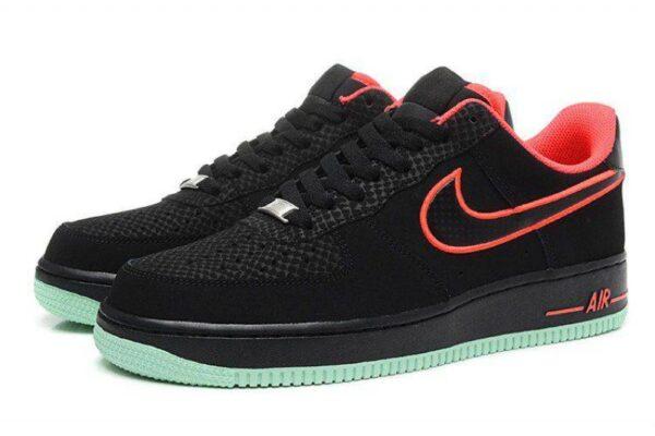 Nike Air Force 1 Low черные с красным нубук мужские-женские (35-44)