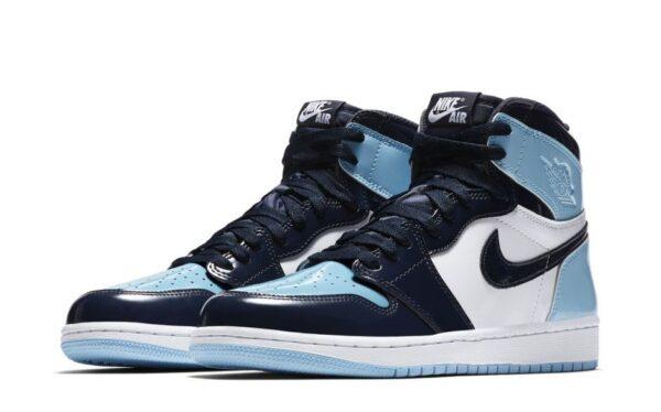 Синие женские кроссовки